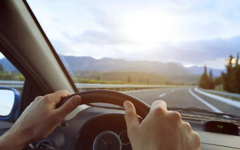 法国驾照换领系统终于更新!第一波「申领经验」来袭!不想做马路杀手?交规了解一下!