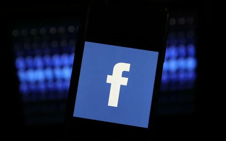 """Facebook旗下社交软件全球掉线超六小时!网友急疯发推""""续命"""",竞争对手在线群嘲!"""